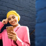 Keep A Girl's Attention Over Text With These 7 Simple Tips